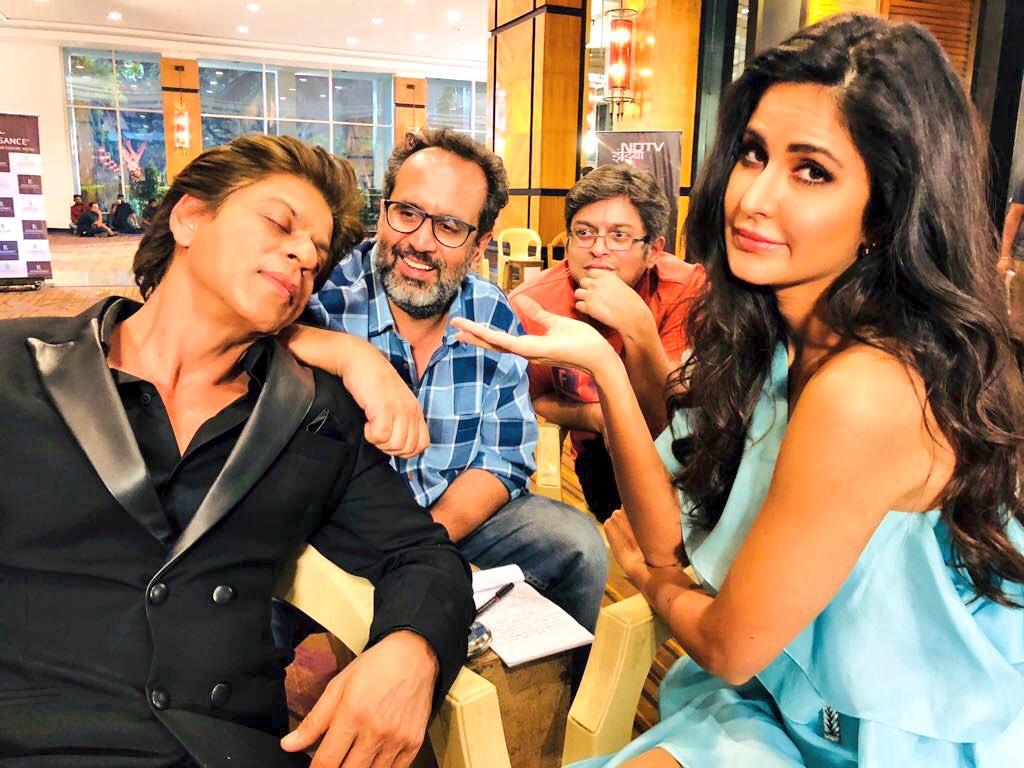Shah Rukh Khan, Katrina Kaif and Aanand L Rai at Zero shooting spot