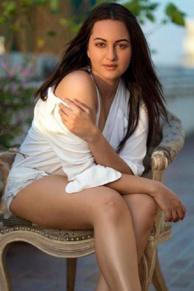 Sonakshi Sinha - Photos Stills Images
