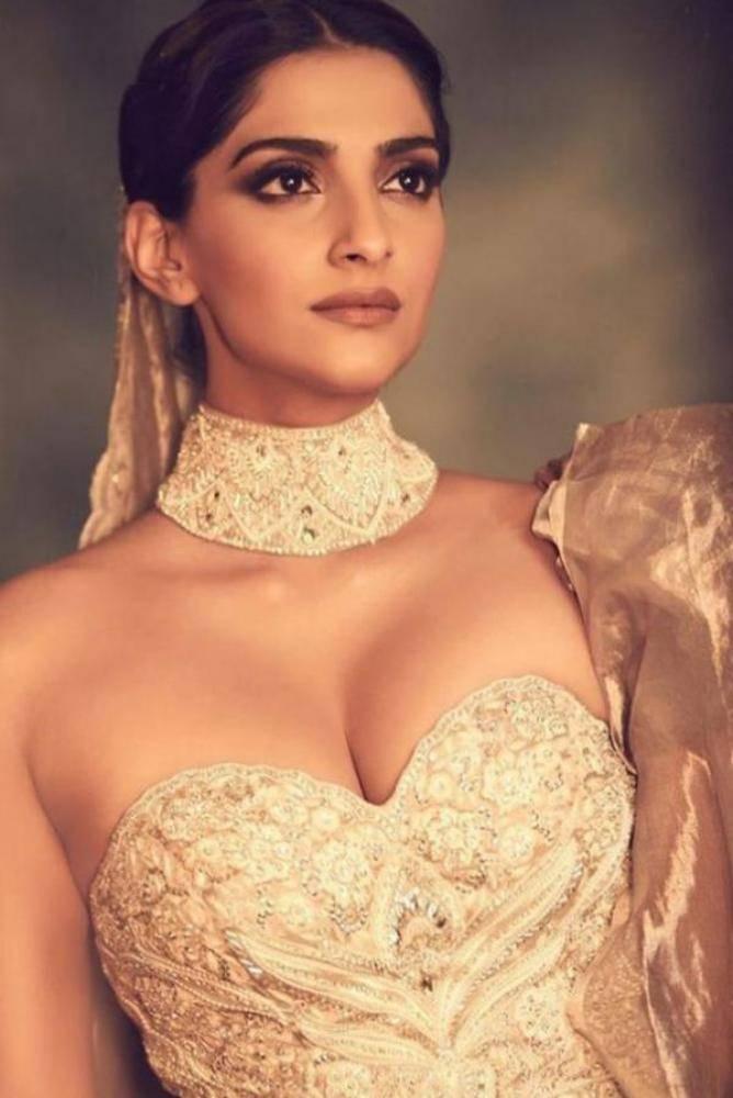 Sonam Kapoor - Photos Stills Images