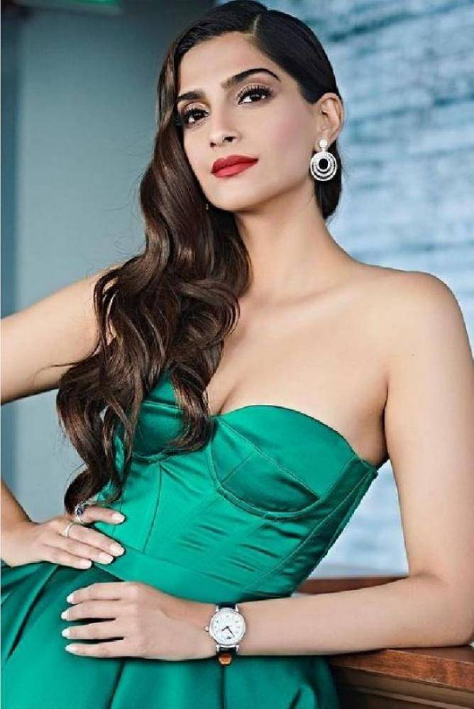 Sonam Kapoor - Photos Stills Images