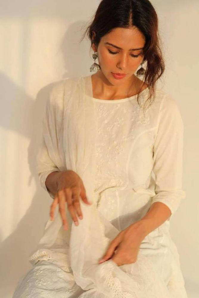Sonam Bajwa - Photos Stills Images