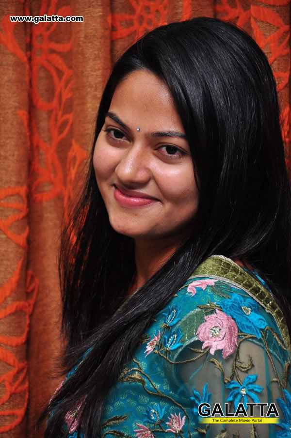 Suhasini Old Photos