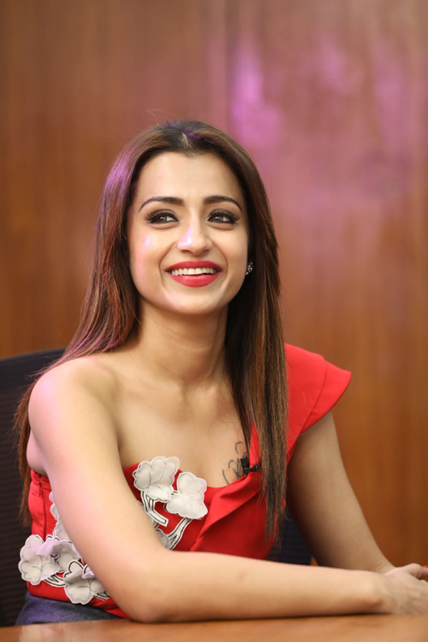 Trisha at Mohini press meet