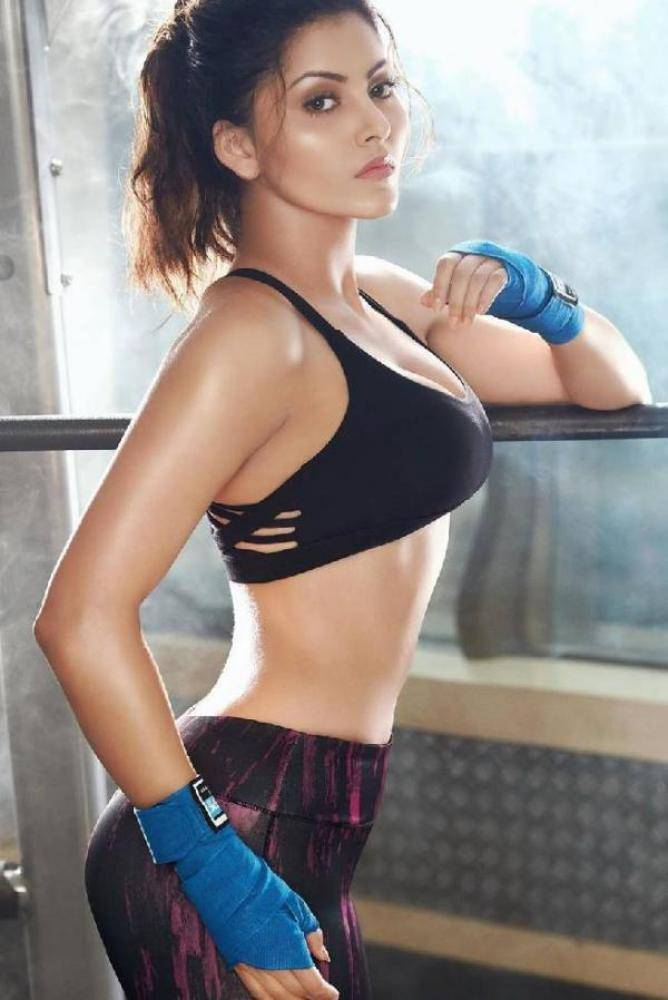 Urvashi Rautela - Photos Stills Images