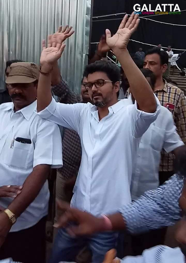 Vijay at Sarkar shooting spot