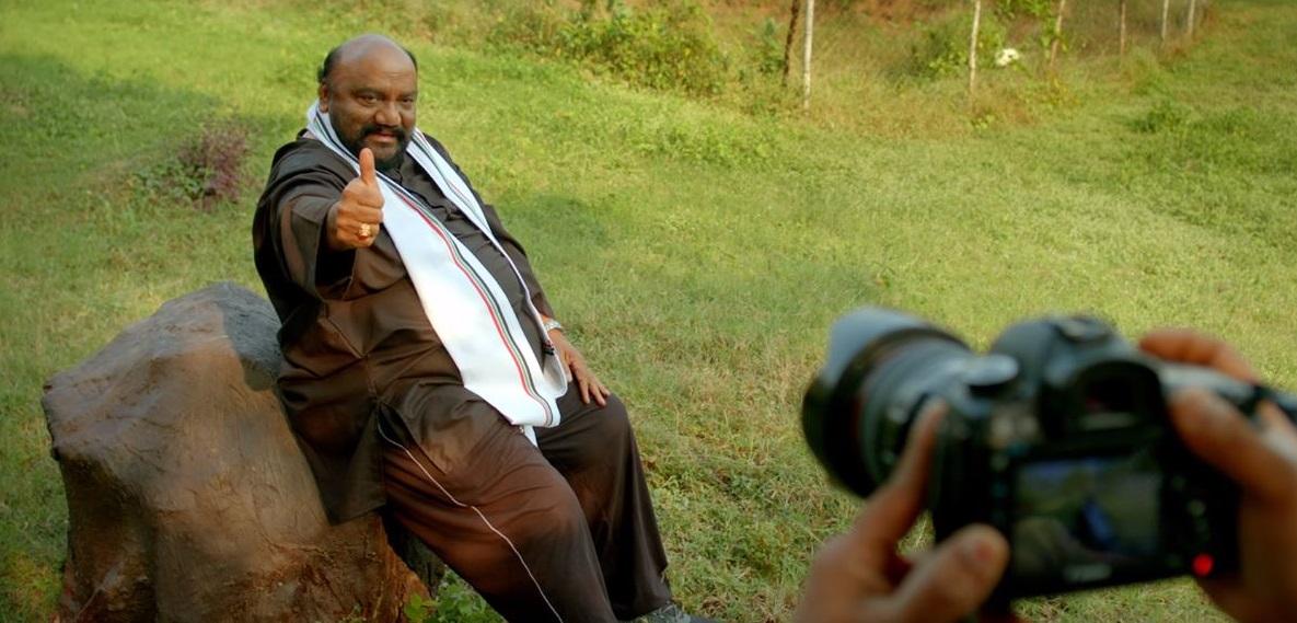 Santhana Bharathi LKG Trailer Kajal Aggarwal
