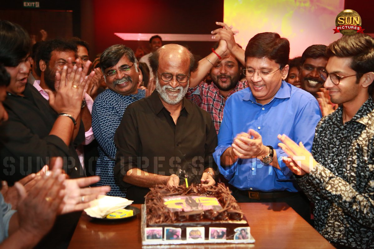 Superstar Rajinikanth bonds with his 2 sons in laws