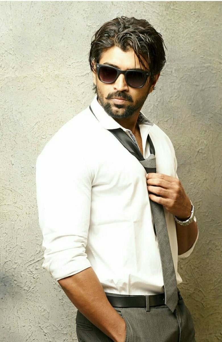 Arun Vijay's new look for his upcoming multi-starrer revealed!