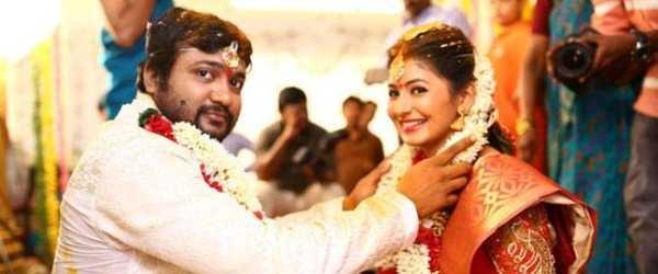 Bobby Simha wife Reshmi Menon pregrant