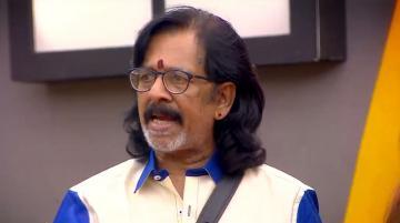 Losliya Avoiding Sakshis Award