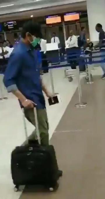 Thalapathy Vijay Chennai airport