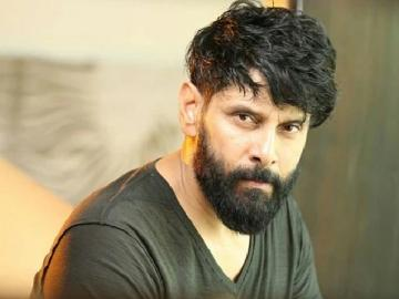 Chiyaan 58 shoot from October 4 Ajay Gnanamuthu Tweet