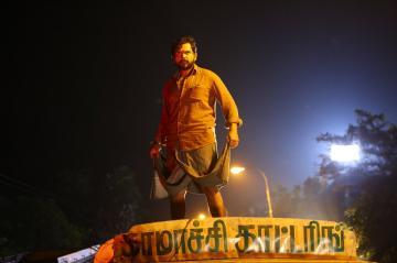 Karthi Kaithi release date Thalapathy 64 director Lokesh Kanagaraj