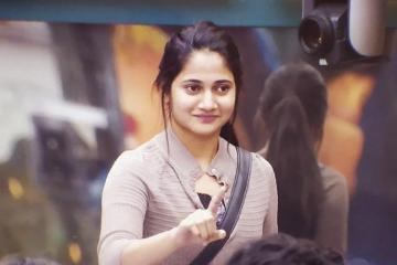 Bigg Boss 3 Losliya first viral statement Losliya Army