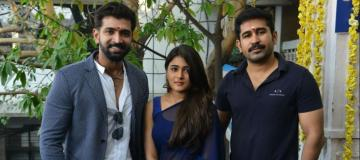 Bigg Boss 3 Meera Mitun Agni Siragugal director Naveen Akshara Haasan