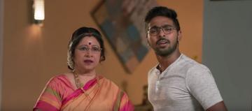 Fun new 100% Kaadhal video | GV Prakash | Shalini Pandey