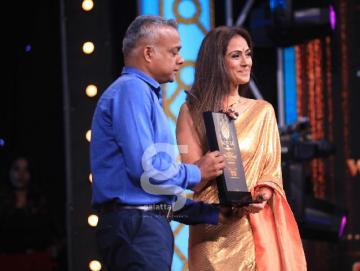 Simran and Brindha rocked the stage at the Galatta Wonder Women Awards 2019