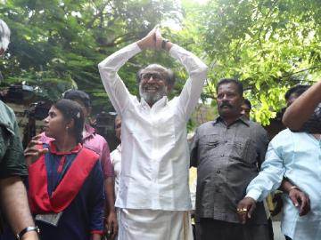 Superstar Rajinikanth wishes fans outside his house happy deepavali