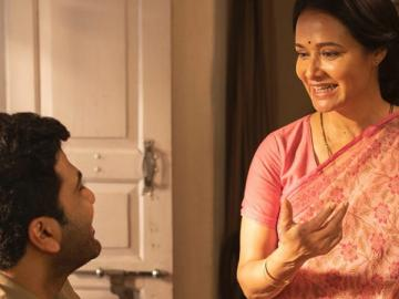 Amala Akkineni to return to Tamil cinema through bilingual as Sharwanand mother