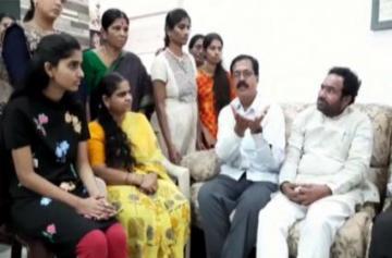 Hyderabad culprits encounter - Priyanka Reddy Sister Opinion