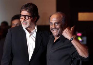 Amitabh Bachchan requests Rajinikanth not to enter politics