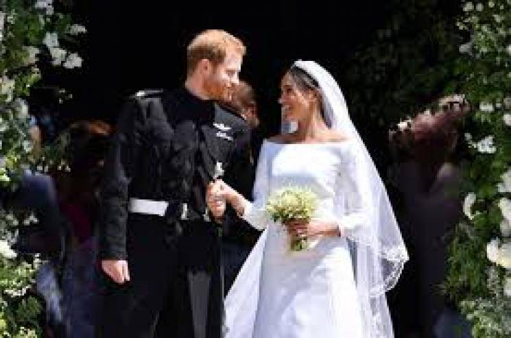 Queen allows prince harry leave royal family