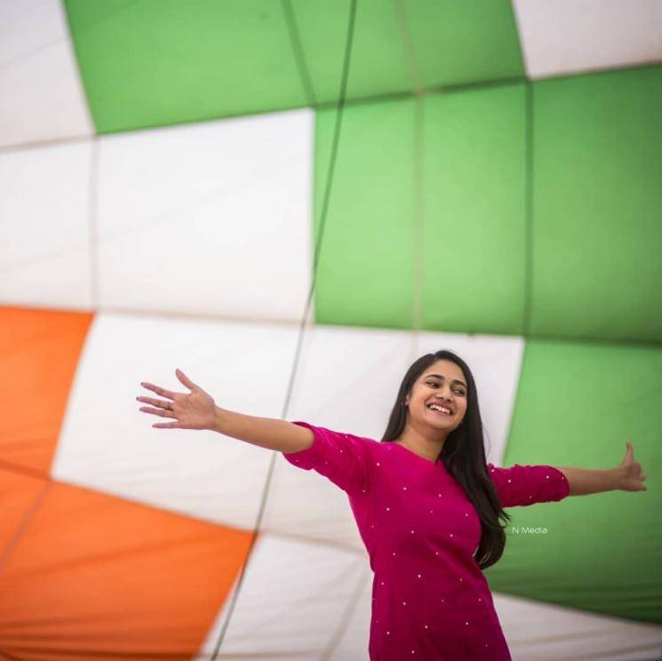 Bigg Boss 3 Losliya Pongal celebration in a hot air balloon