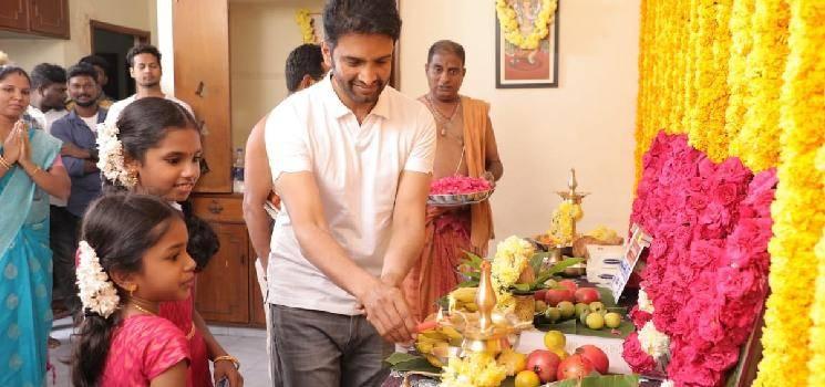 santhanam a1 director