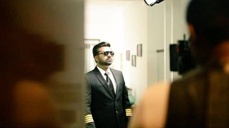Simbu Hansika videos and pictures from Maha shooting spot UR Jameel Ghibran