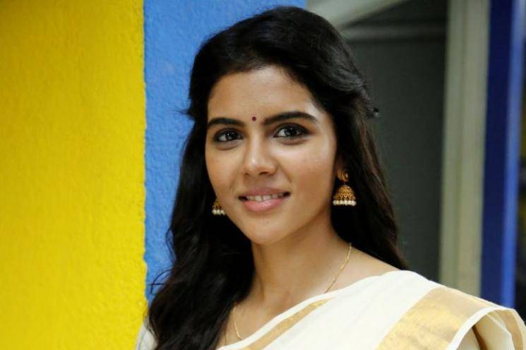 Varane Avashyamund Deleted Scene 01 Shobana Kalyani Priyadharshan Dulquer Salmaan Suresh Gopi