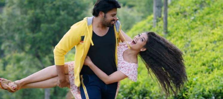 Ninnu Chusake song Valayam Telugu Movie Digangana Suryavanshi