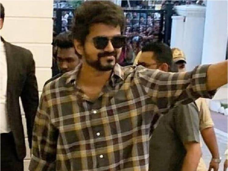 Thalapathy Vijay takes off for vacation after finishing Master