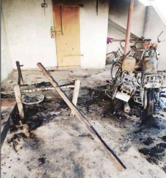 wife murders husband in namakkal for affair