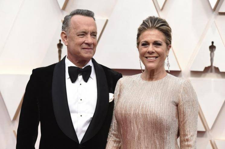 Coronavirus affected Tom Hanks shares first picture Rita Wilson