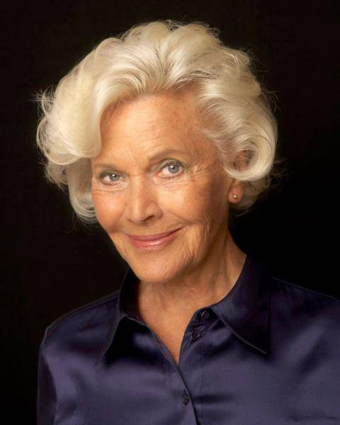 James Bond actress Honor Blackman dies at age 94 Pussy Galore