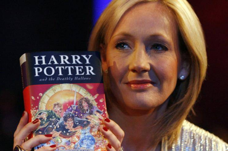 Harry Potter author J K Rowling coronavirus symptoms