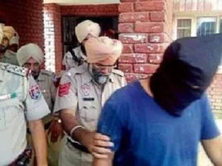Nihang Group attacks Policemen in Punjab Patiala cuts off hand