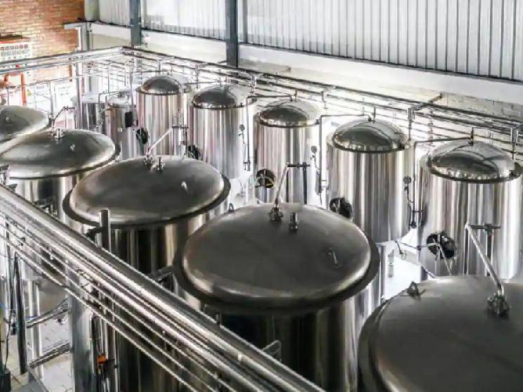 1 lakh litres of fresh beer to go down drain in Maharashtra due to COVID