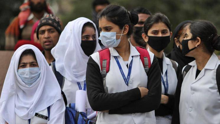 Corona Lockdown No fuel or ration for not wearing masks in Goa