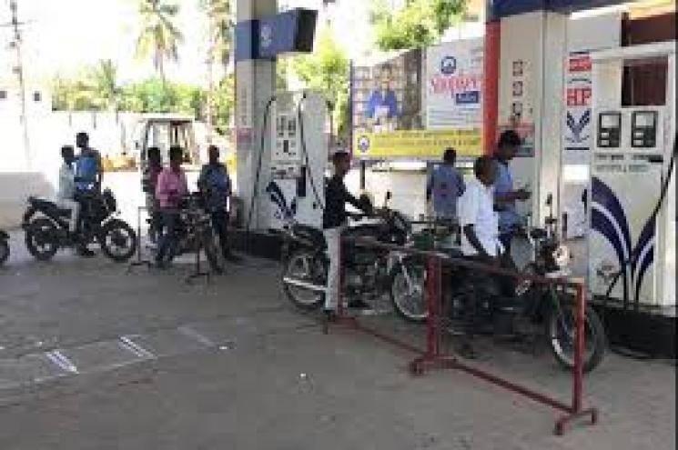 Petrol, Diesel Value Added Tax Increase in Tamil Nadu