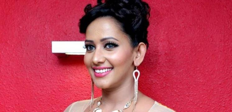 Sanjana Singh Door Workout Video Goes Viral