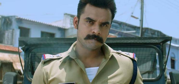 Tovino's Minnal Murali movie sets destroyed by a group of racialists - shocking incident!
