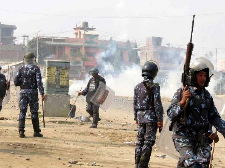 Nepal Police fire at Indian farmers at border