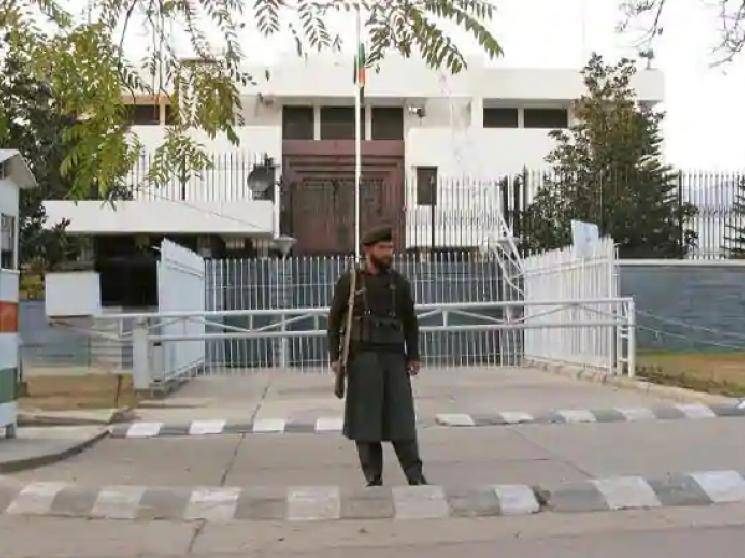 Missing Indian High Commission staff released by Pakistan