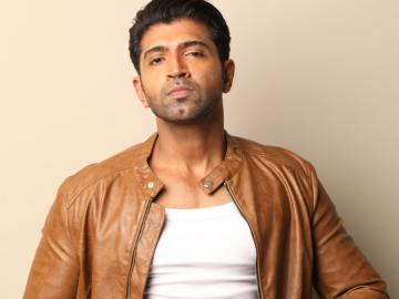 Arun Vijay Teams Up With Arivazhagan Arun VIjay 31