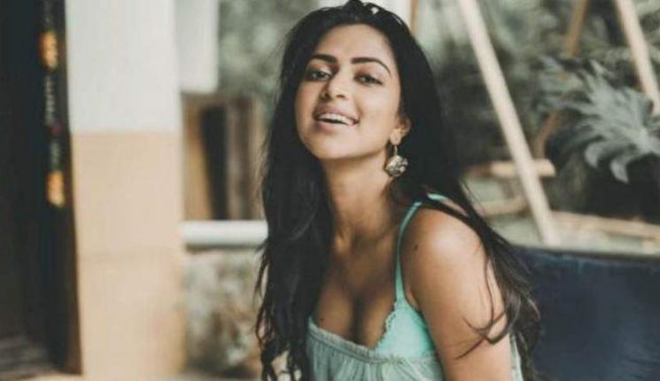 Amala Paul Hindi Debut With Web Series