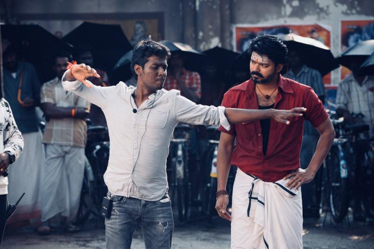 Bigil Director Atlee Changes Bio in Twitter A5 SRK
