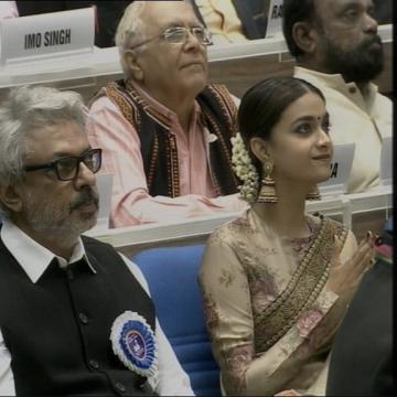 Keerthy Suresh Won National Award Mahanati