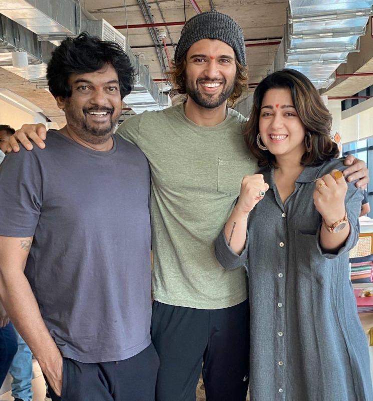 Ananya Pandey Pairs Opposite Vijay Devarakonda