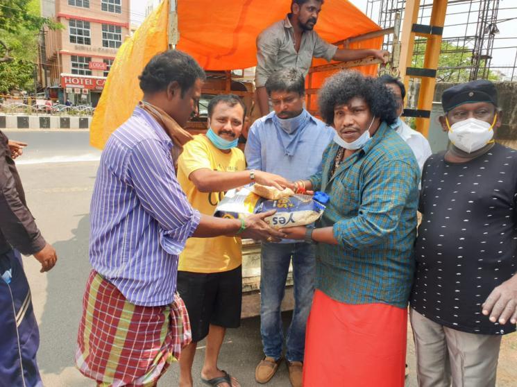 Yogi Babu Donates Rice Bags TO SIAA Members